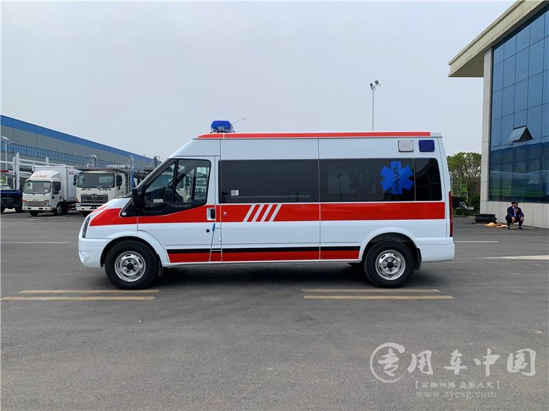 福特全顺120救护车