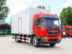 国六东风天锦245马力的7.88米冷藏车发车上海