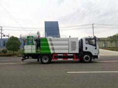 东风8吨防疫消毒车,城市的加湿器,空气的净化机