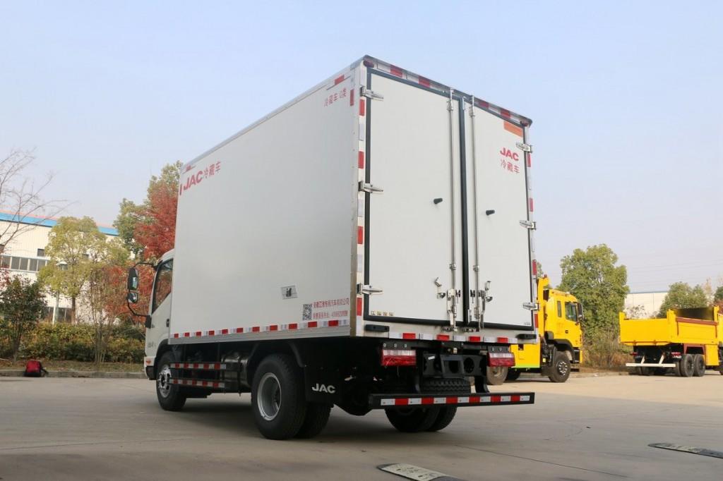 国6江淮帅铃Q6 4.2米冷藏车