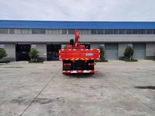 东风T5 8吨程力随车吊