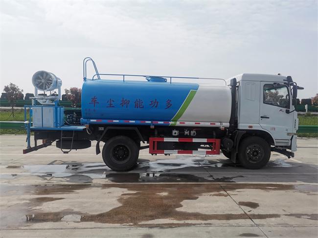 国六东风12吨雾炮洒水车