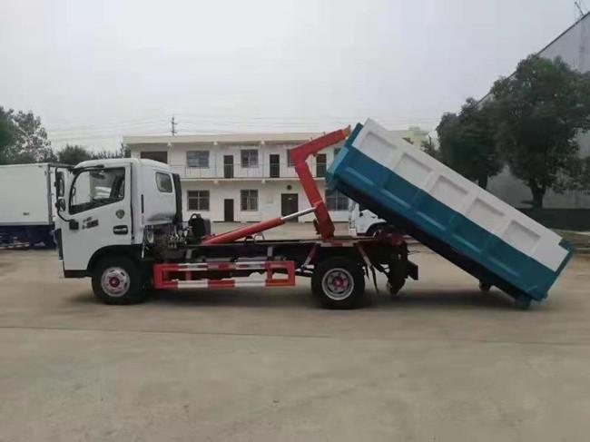 东风多利卡6方勾臂垃圾车