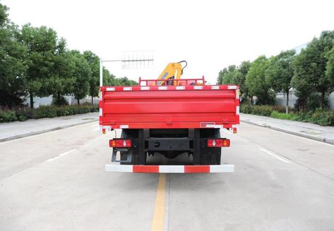 国六大运G6 4吨折臂徐工随车吊