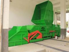 新疆喀什经济开发区招标的分体式水平压缩垃圾站今日安装完成